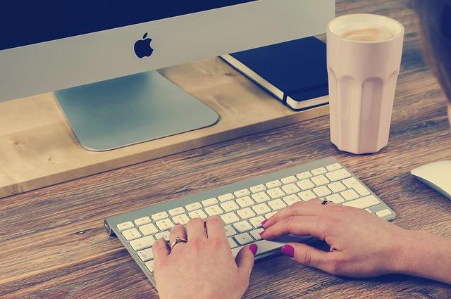klávesnice, apple