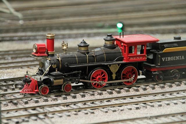 lokomotiva – hračka, model železnice